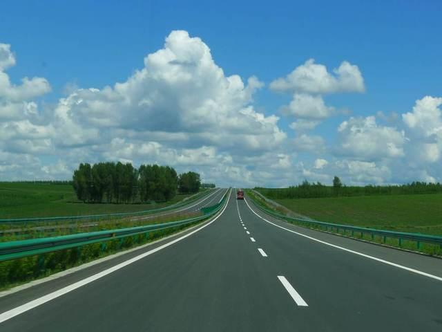 受天气影响全国多省市高速公路封闭