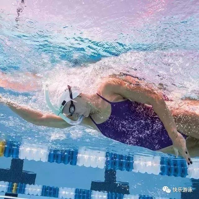 【爬泳技巧】自由泳游不长游不快,说到底呼吸方法问题