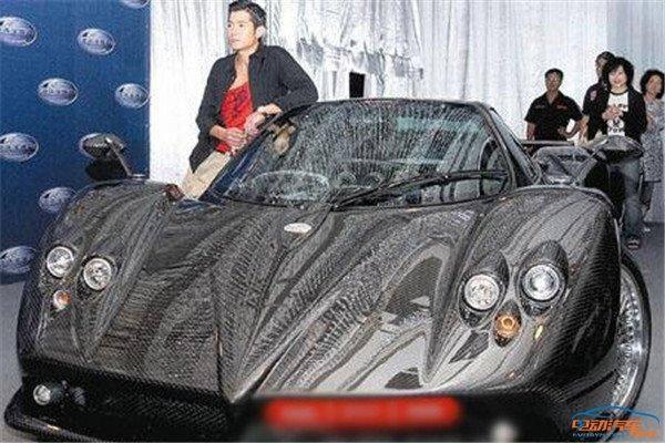 你知道中国第一辆迈巴赫布加迪威龙的车主都是谁吗?_北京pk10七