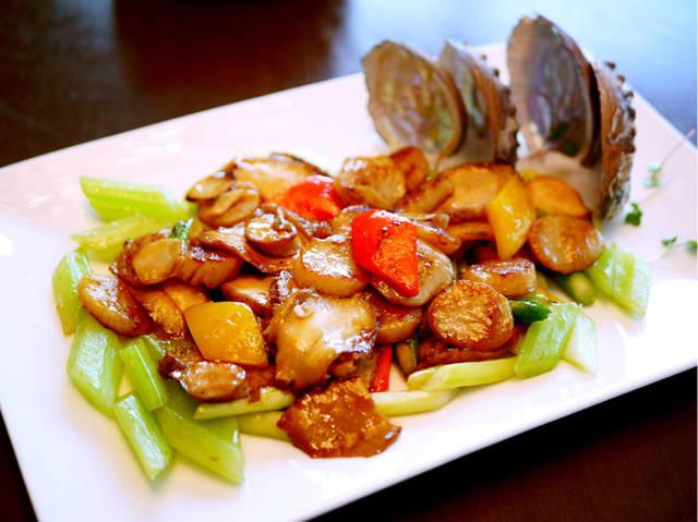 完美鲍穴_紫苏芦笋玉带炒鲍片:多种食材完美搭配,最喜欢鲍片,吃起来特别q弹.