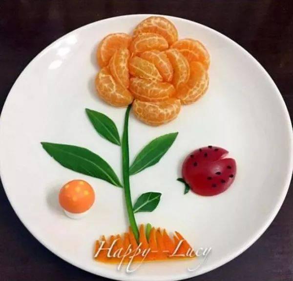 下面展示一些简单但有创意的水果拼盘,希望能                    感.图片