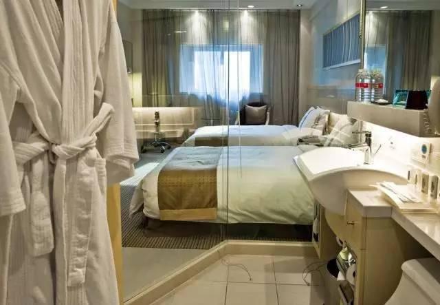 酒店浴室的房间都是透明的?原来并不是过情趣用品用多少人图片