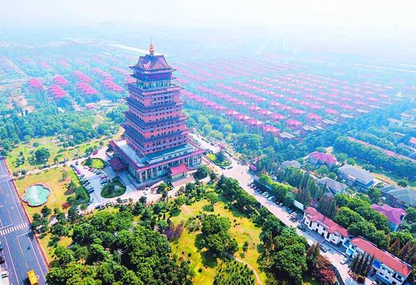 村经济总量_2015中国年经济总量(2)