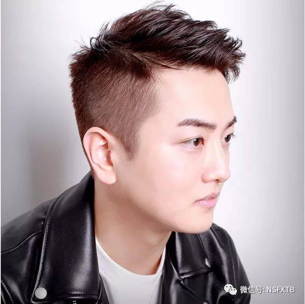 圆脸学生适合的短发 35岁男人圆脸发型清爽型的图片