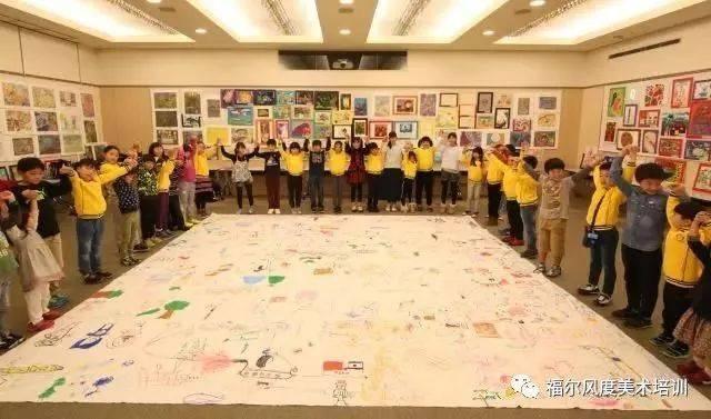 中国小使者为东京国际儿童画展的参展小画家图片