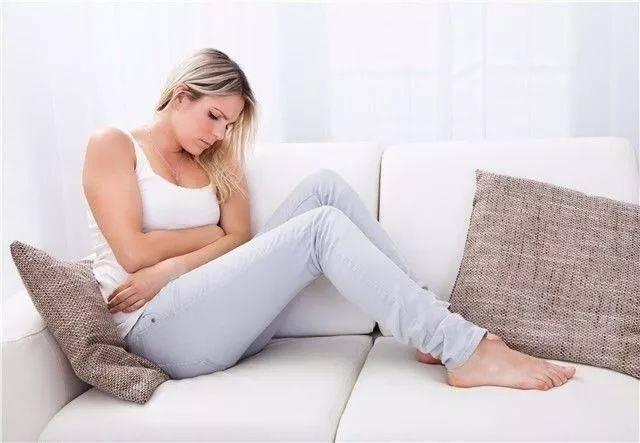 身体恢复速度也要比剖腹产快,通常顺产的撕裂伤口会在产后3-5天伤口会