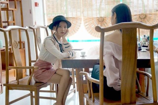 我在老师家爱爱_仝爱爱《家有仙客》将播 与香港影星朱铁和搞笑互动