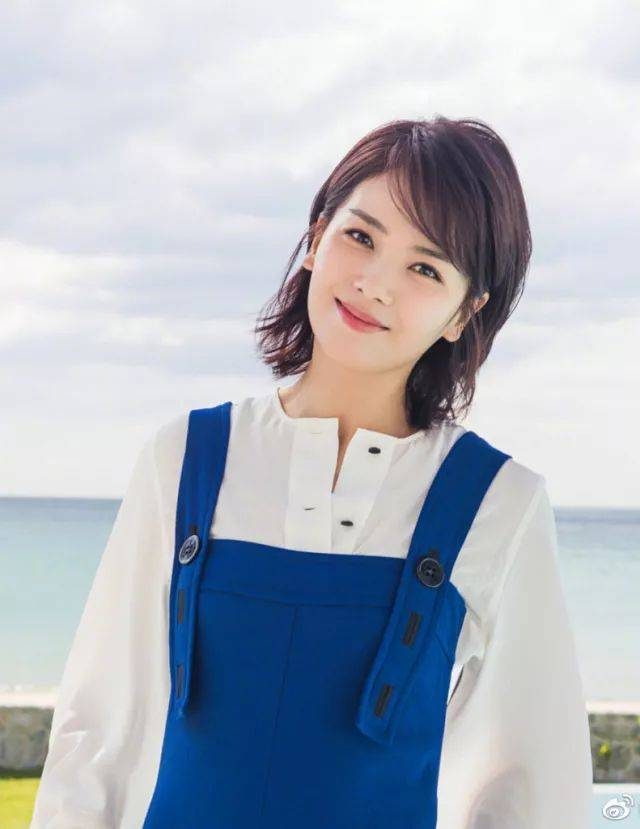 斜刘海vs大背头 刘涛在《欢乐颂》里的职场女性发型就非常适合菱形脸