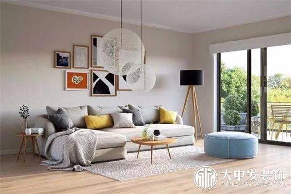 ▽ 室内软装设计的形式美原则是指在室内的软装饰陈设在搭配时应注意图片