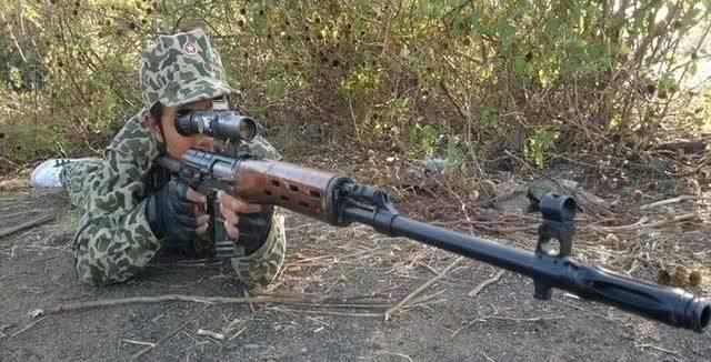 操屄囌M_越南特种部队装备的苏制svd狙击枪