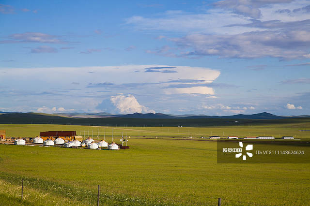 内蒙古锡林郭勒盟:乌拉盖草原