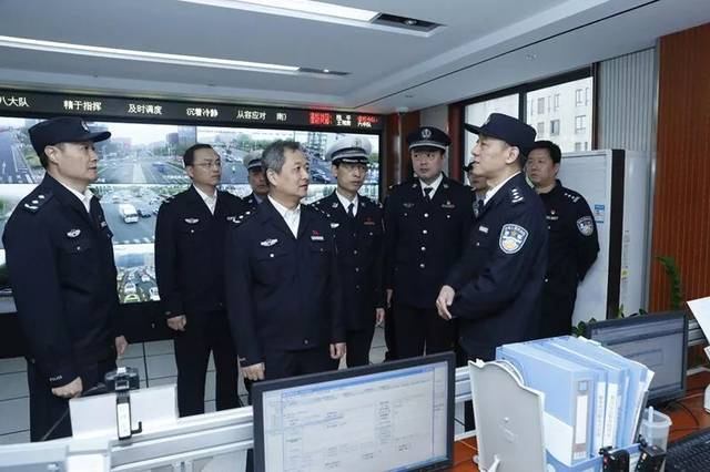 交警支队_刘旸到南京市公安局交警八大队检查指导