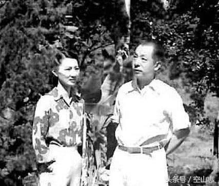 赵四小姐和原配妻于凤至谁漂亮,张学良说了算