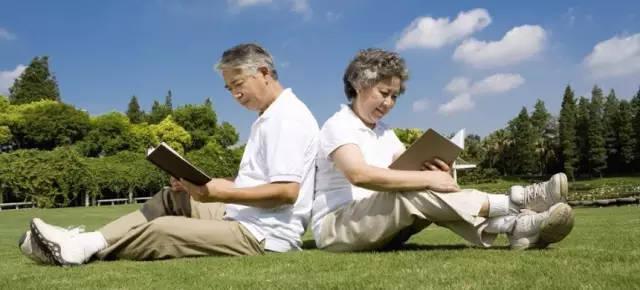 50多岁买什么商业保险好? 50岁以后应该购买什么样的商...