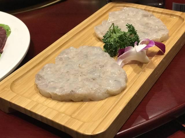 猪肝作为火锅配菜的选择,是很普遍,这里配上了我们小时候再熟悉不过