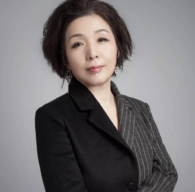 吉林动画学院名誉教授,北京大学文化产业学院顾问,韩国文化内容授权图片