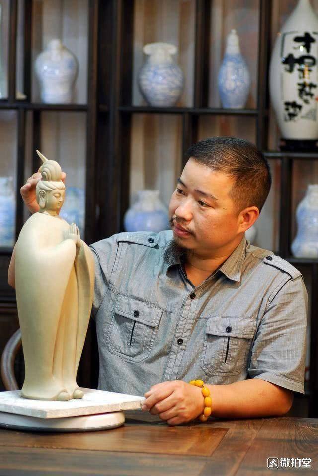 一次在微拍看到的外国色情mv_微拍堂专访福建省工艺美术大师徐才提:电商助推当代陶瓷发展