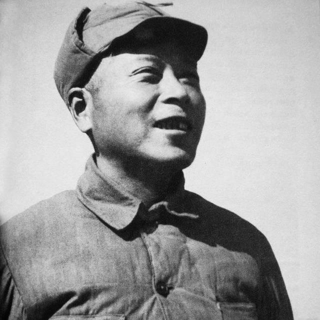 这个人,名叫李井泉,江西临川人.