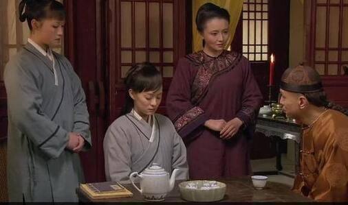 《甄嬛传》甄嬛到死都想不到,苏培盛因何让她穿这件红