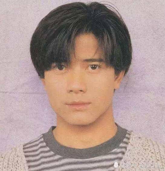 郭富城证件照上的照片好清秀,更惊艳的是年轻时的张卫健和周星驰图片
