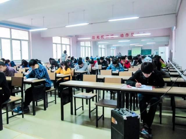 即使勉强考上,也有学生部分因为对国外大学不适应,巨大压力高中等而课业志强图片