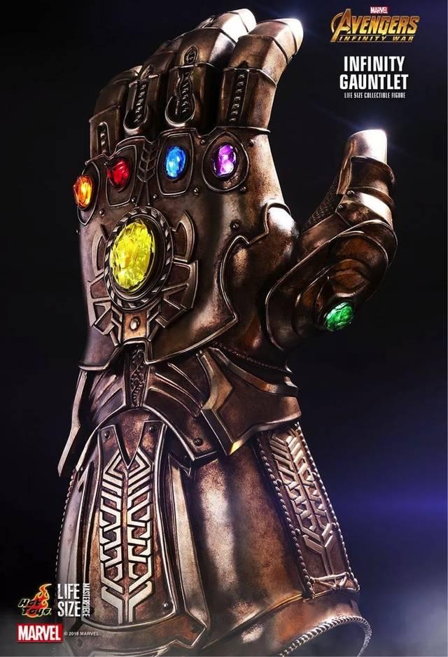 雷神:我雷神大锤换大斧,居然也敌不过你灭霸的一只手套?图片