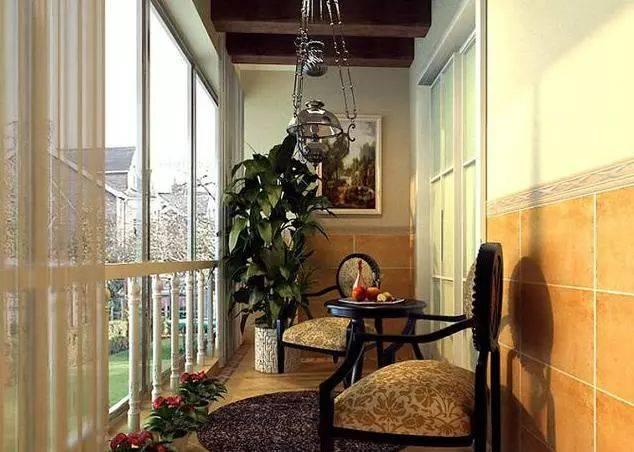 这种阳台装修非常适合于别墅或是一层楼.
