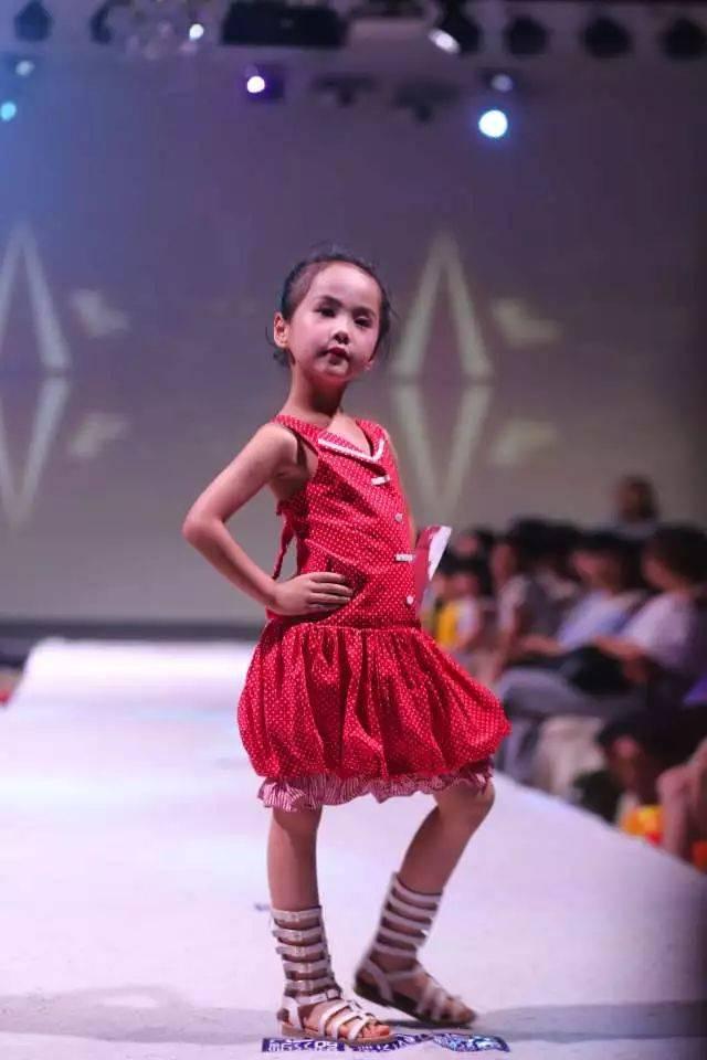 碧桂园2018新丝路中国国际少儿模特大赛 南宁赛区开赛