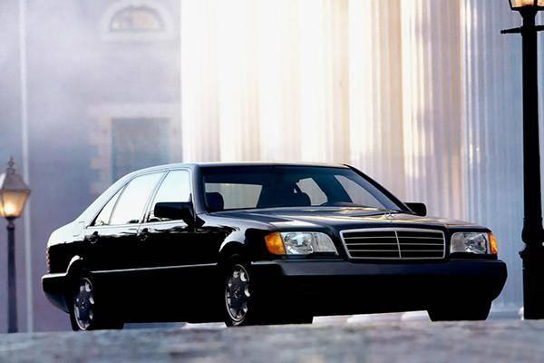 不是每辆奔驰都叫经典奔,它是一个虎头的标志,永恒的时代!cad很pl线卡图片