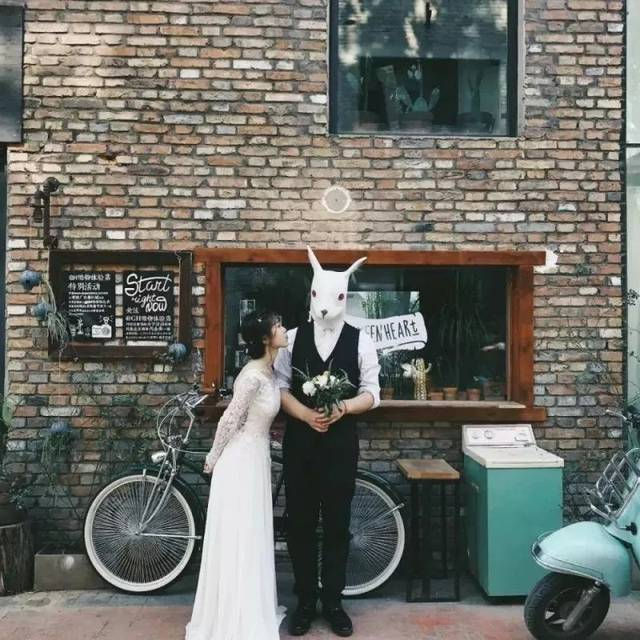 尸兄囹�a�c`�nm9l.9�_小清新婚纱照这样拍,简直美哭了!