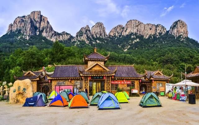 端午节,天崮山举办吃粽子大赛,当爸的门票半价;快带孩