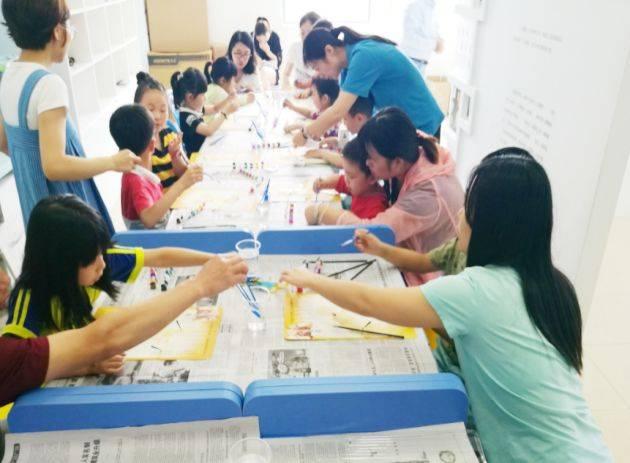 童年回憶——快來和社區創新屋的小朋友們一起學習風箏,皮影diy圖片