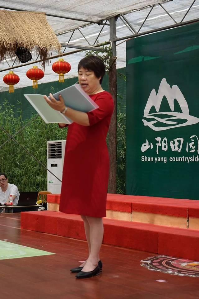 晓苗幼儿园陈洁园长向即将毕业的孩子们致以美好的祝愿和希望,她满含