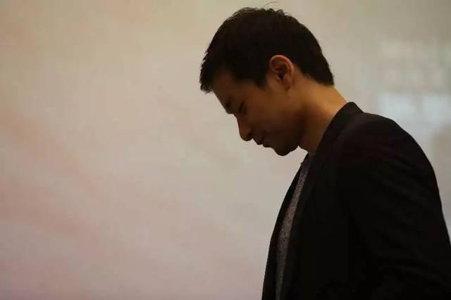 现场| 这位哈佛毕业练空手道的小提琴家,隐藏身份竟是图片