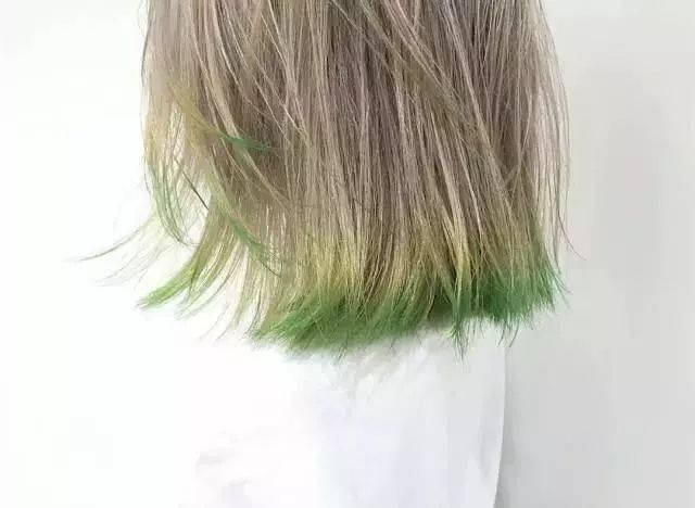 你的整个头发就画龙点睛了,人会显得有活力,甚至肤色都更好了! 广告图片
