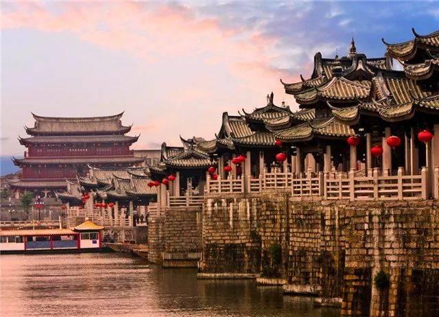 晚礼服生产基地和出口基地 � 中国园林城市 国家历史文化名城,中国