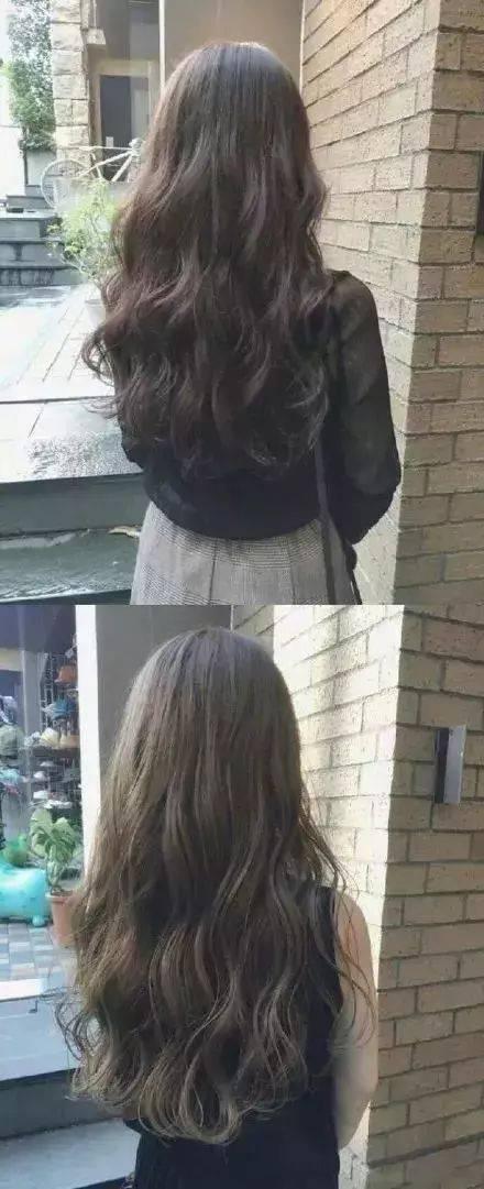 在温暖的阳光下 给大家留一个美到炸的背影杀 披肩的中长发做个小卷发图片