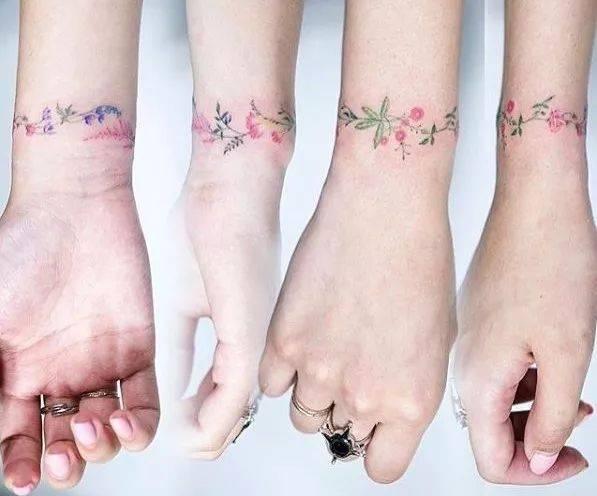 男生同样也可以拥有手腕纹身 戒指纹身 又是一个痛到炸裂的部位,而且