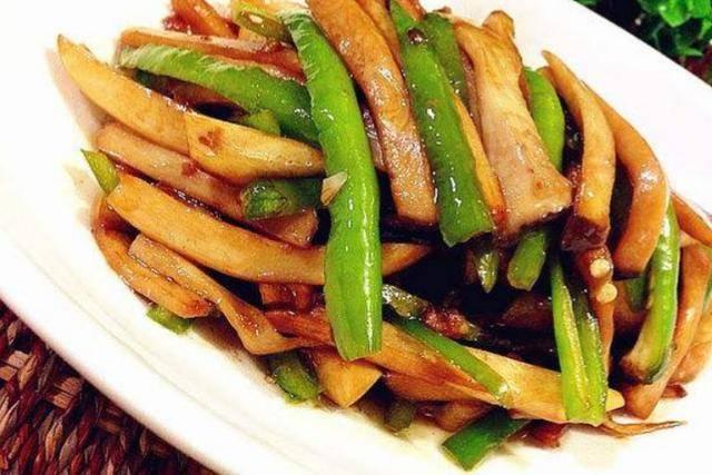 美食推荐:尖椒猪肝,青椒炒杏鲍菇,南瓜烧排骨,麻辣里脊