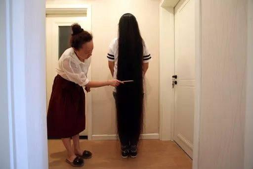 徐州16岁女孩头发长175厘米,足够刷新吉尼斯世界纪录!图片