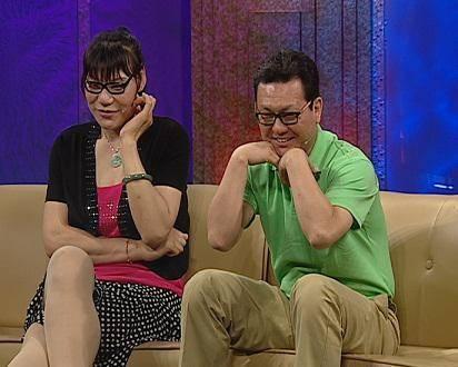 51岁女篮巨人郑海霞现状!步履蹒跚老得认不出,结婚8年