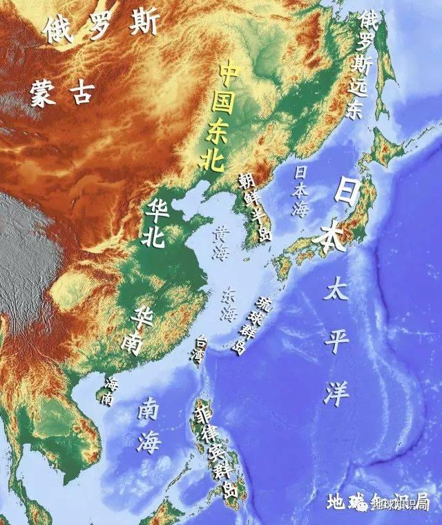 处于蒙古高原,远东海岸,日本海,朝鲜半岛,华北平原包围下的东北地区