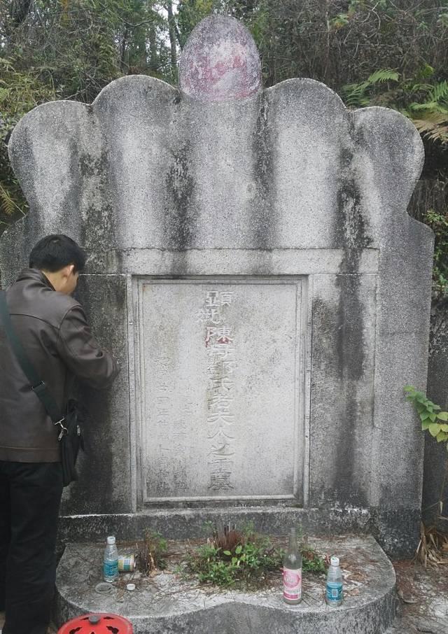 这位军阀为取代蒋介石,迁母亲遗骸葬在洪秀全祖坟,结果却悲剧了