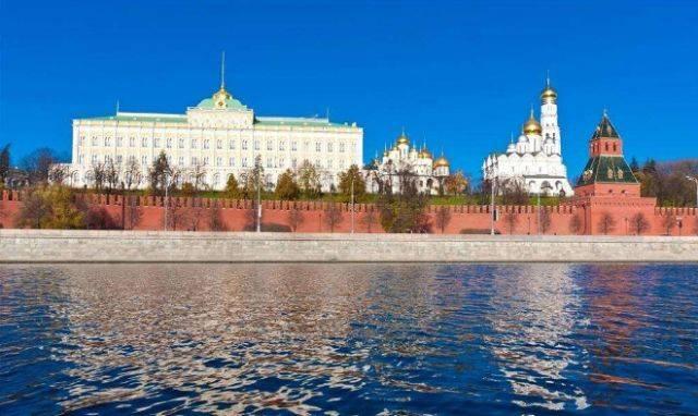 建于14世纪,曾是俄国沙皇的皇宫,主要由大克里姆林宫,天使长教堂,参议图片