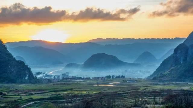 江华瑶族自治县是湖南省永州市下辖县.