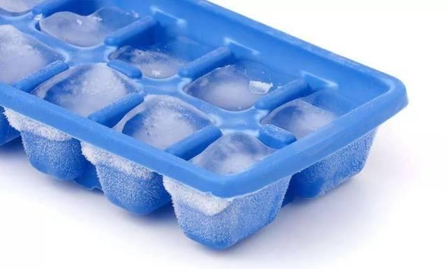 没冰箱怎么制作冰块_自制冰块