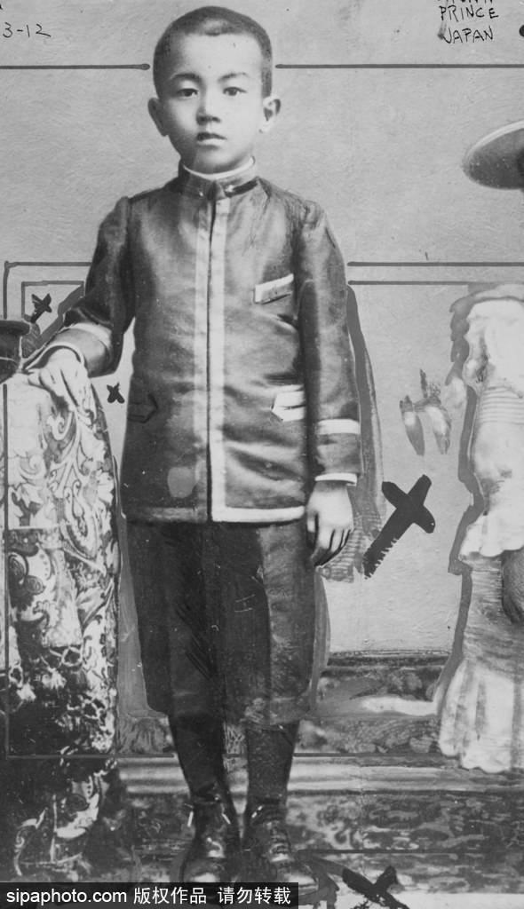 朝香宫鸠彦王_侵华天皇裕仁政治原因没受惩处,可差点因皇后没生出儿子被罢黜