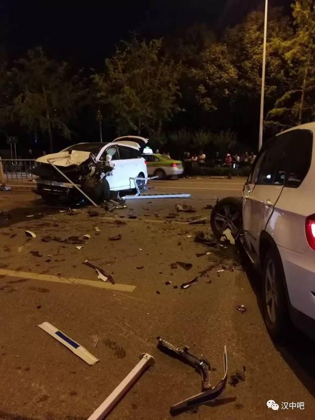 汉中昨夜车祸,惨不忍睹!