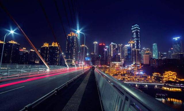重庆这趟公交专线,一次打卡8个网红旅游