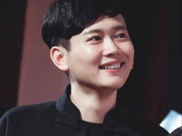 孟鹤堂 孟鹤堂出生于1988年黑龙江,德云社鹤字科相声演员,德云七队图片